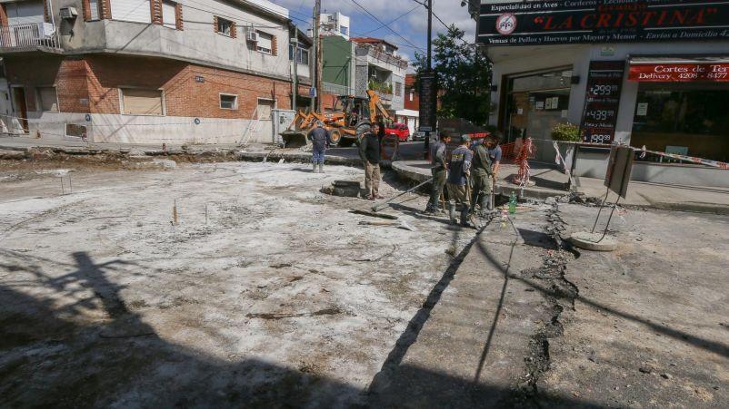 Avanzan las obras de pavimento en las calles internas